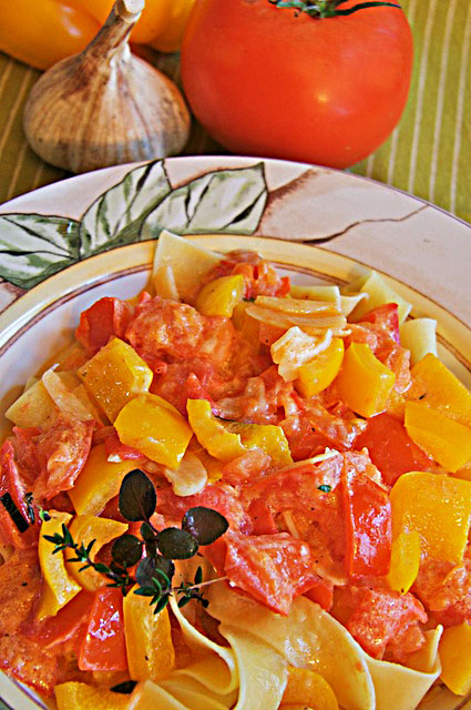 Fresh Tomato Pasta - The Messy Baker