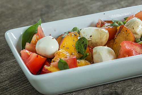 Peach tomato salad with bocconcini - TheMessyBaker.com