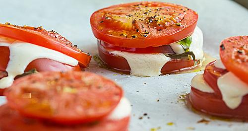 Baked Caprese Salad Stacks – TheMessyBaker.com