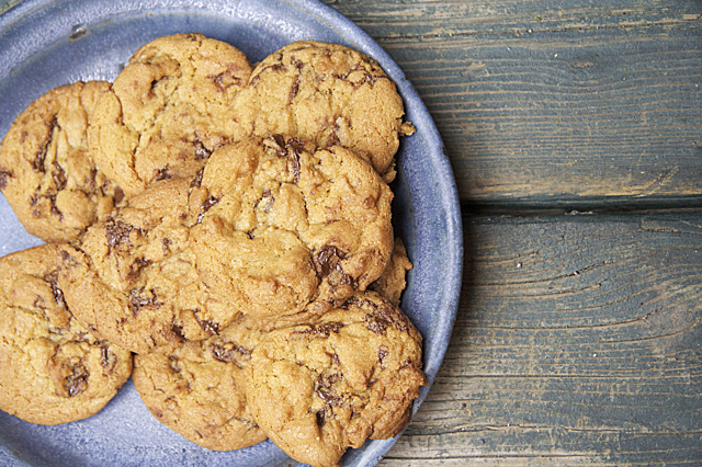 Browned Butter Chocolate Chip Cookies - TheMessyBaker.com