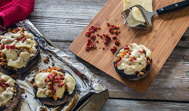 Turkey-Stuffed Portabella Mushrooms -- TheMessyBaker.com