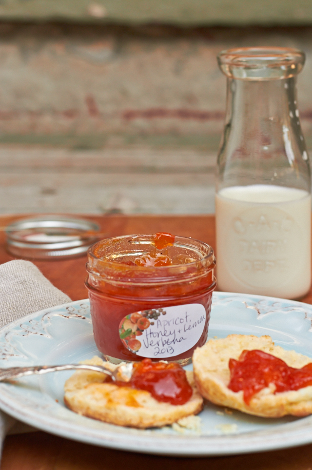 Apricot & Honey Jam - TheMessyBaker.com