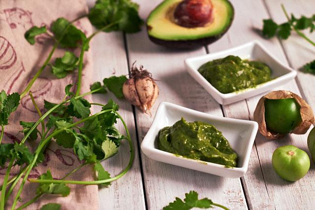 Avocado Tomatillo Sauce - TheMessyBaker.com